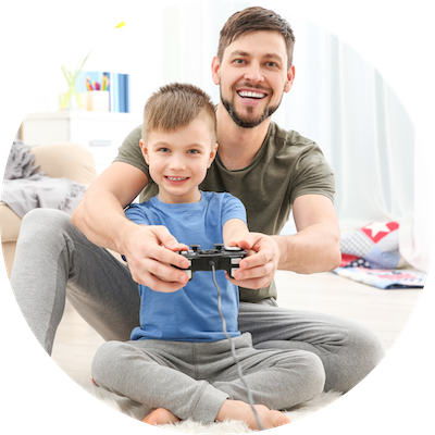 child-with-father-videogame